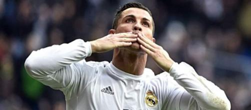 Las cinco estratosféricas ofertas que rechazó Cristiano Ronaldo ... - diez.hn