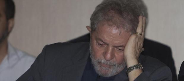 Advogados de Lula têm poucos dias para levarem os últimos argumentos ao processo do triplex
