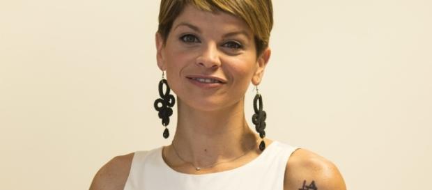 Alessandra Amoroso si sposa. Fissata la data delle nozze con Settepani - superguidatv.it