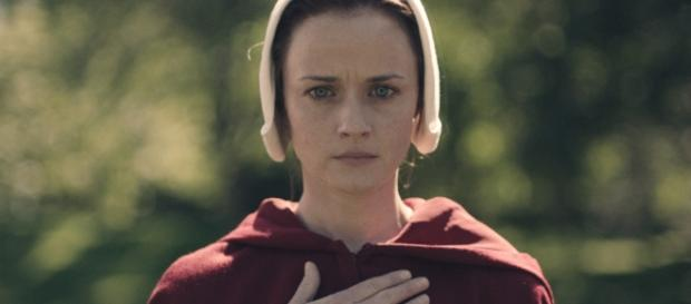 Handmaid's Tale': Shocking Death, Rape, Mutilation Explained ... - hollywoodreporter.com