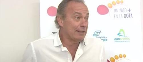 Bertín Osborne durante una entrevista