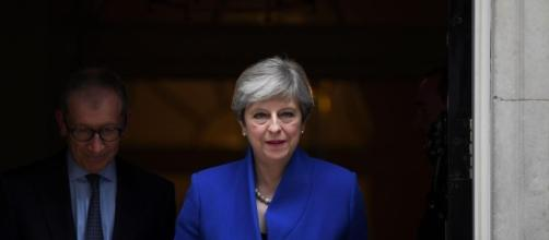 Election 2017 results – Theresa May puts brave face on disastrous ... - thesun.co.uk