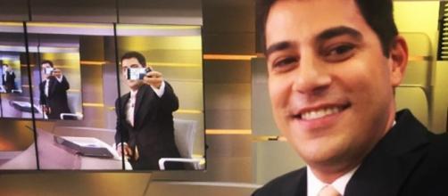 Evaristo Costa interage com um de seus fãs (Foto: Reprodução)