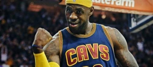 LeBron James GOAT Cavaliers - YouTube cap