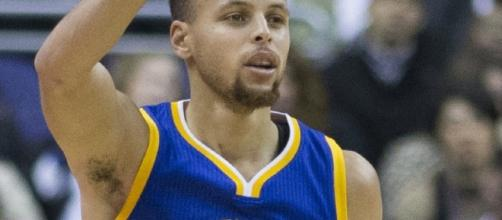 NBA star Stephen Curry - Imageby Keith Allison from Hanover, MD, USA - Stephen Curry, CC BY-SA 2.0 Wikipedia