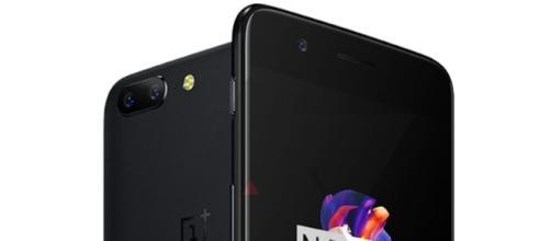 OnePlus 5: prima immagine ufficiale.