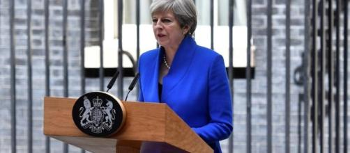 Theresa May says will form new govt that will lead Britain through ... - hindustantimes.com