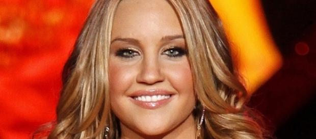 Amanda Bynes announces she is ready for her comeback.-Wikimedia Commons