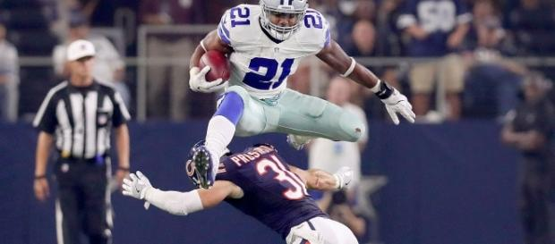 Ezekiel Elliott, Dallas Cowboys - YouTube screen cap