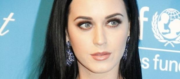 Katy Perry slams Taylor Swift and her fans for character assassination. (Wikimedia/	Joella Marano)