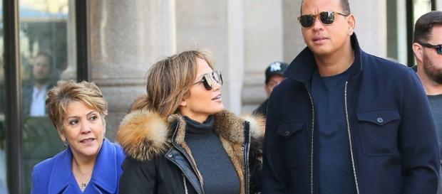 The Beginning from Jennifer Lopez and Alex Rodriguez: Romance Rewind - eonline.com