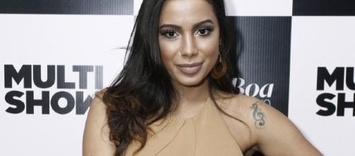 Fãs de Anitta fazem de tudo para promovê-la no exterior