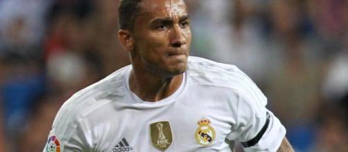 Calciomercato Juventus, lunedì possibile inizio della trattativa per Danilo