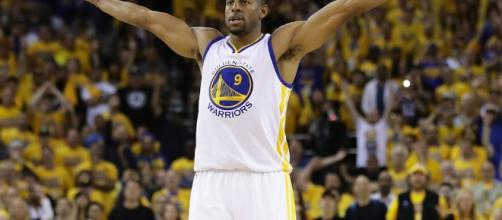 How the Golden State Warriors Paid the Best Team in the NBA (via youtube - cheatsheet)