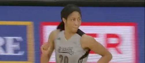 Isabelle Harrison's double-double helped lead the Stars to their first win of the 2017 WNBA season. [Image via San Antonio Stars/YouTube]