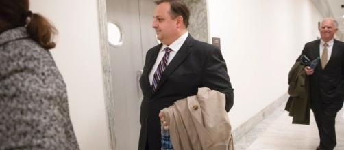 Office of Government Ethics boss Walter Shaub resigns, after Trump ... - firenewsfeed.com
