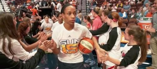 The Connecticut Sun visit the Indiana Fever at 4 p.m. Eastern Time on Saturday. [Image via WNBA/YouTube]
