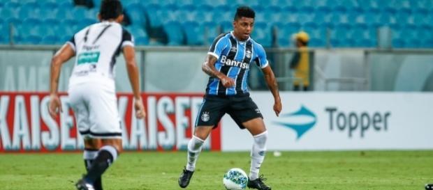 Passagem de Wallace Oliveira (à direita) foi marcada por poucos jogos e lesões