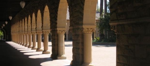Stanford main quad - Frank Schulenburg via Wikimedia Commons