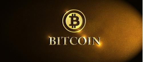 Bitcoin credits:pixbay https://pixabay.com/en/bitcoin-coin-finance-business-gold-2348236/