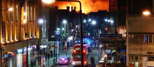 Camden Lock Market foi tomado pelas chamas. O local é uma atração turística bastante popular em Camden Town, norte de Londres. ( Foto: Google)