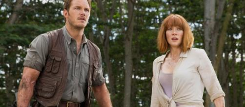Chris Pratt and Bryce Dallas Howard will reprise their roles in 'Jurassic World: Fallen Kingdom'. (Image Credit: digitalspy.com)