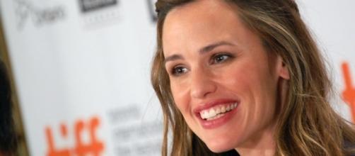Jennifer Garner stepped out in the wake of Ben Affleck's dating rumors with Lindsay Shookus. (Wikimedia/Karon Liu)