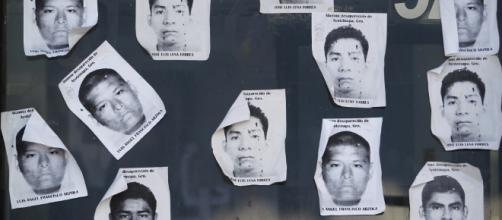 La violencia de Estado, los movimientos sociales, y Ayotzinapa ... - laoms.org