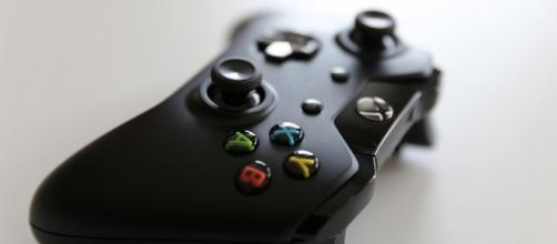 Gift games to your friends with Xbox One. - photo via mastermaq at flickr.com