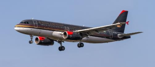 Royal Jordanian and Kuwait Airways passengers can now carry laptops in cabin / Photo via Oliver Holzbauer, Flickr