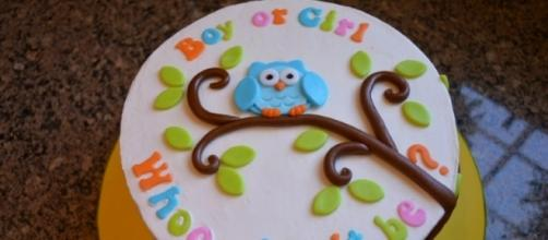 A photo showing a sample of a cake used in a gender party reveal - Flickr/Robin Smith