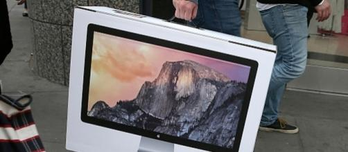 Apple Releases New iMac Before New iPad Pro, MacBook Air - Image via Apple Inc. (Flickr)
