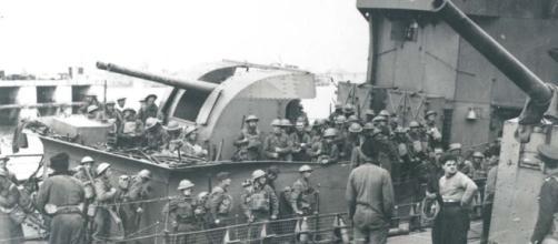 La evacuación de Dunkerque permitió el rearme británico
