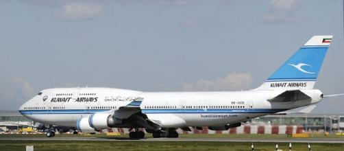 Passengers of Kuwait airways can carry their laptops on the plane again (Photo: Wikimedia Commons/Adrian Pingstone)
