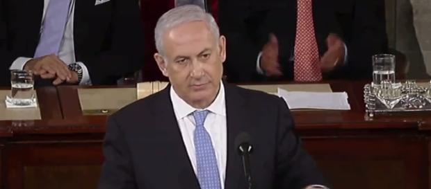 Israel's former defense minister Moshe Ya'alon thinks prime minister Benjamin Netanyahu will be indicted (via YouTube - IndiaEternal)