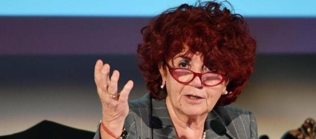 La ministra dell'Istruzione Fedeli anticipa le date per le nuove immissioni a ruolo