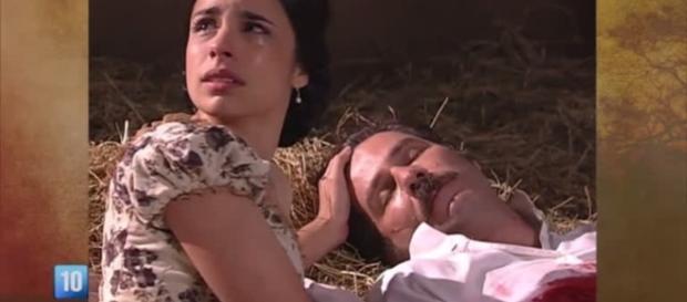 Leôncio é assassinado e Isaura se torna uma das principais suspeitas (Foto: Reprodução)