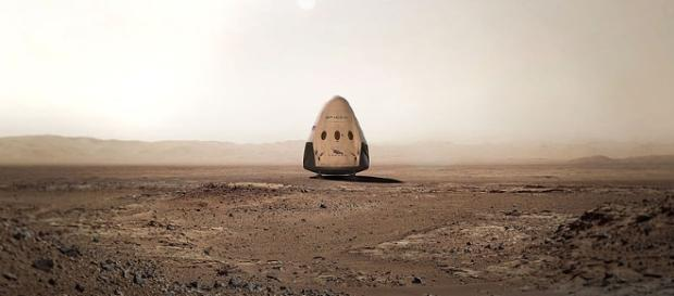 Red Dragon on Mars (SpaceX wikimedia commons)