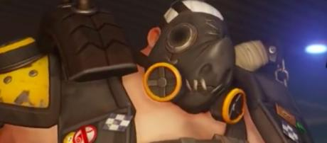 Roadhog is one of the tank characters in 'Overwatch' (image source: YouTube/IGN)