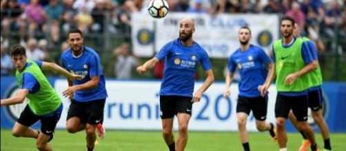 Calciomercato Inter, si cercano rinforzi per la difesa e il centrocampo | inter.it