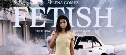 """Selena Gomes lançou a música """"Fetish"""" nesta quinta-feira (13)"""