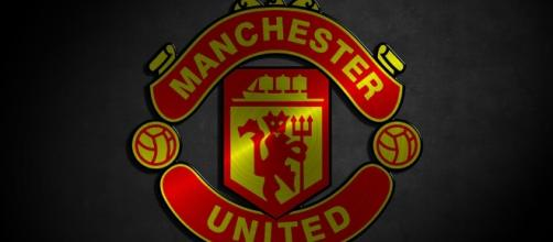 Manchester United logo via Flickr.