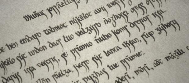 Alto valiriano é o idioma usado por Daenerys Targaryen