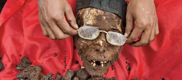 Le mummie di famiglia dei Toraja