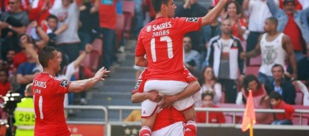 Tetracampeão Benfica vai jogar com o Neuchâtel Xamax.