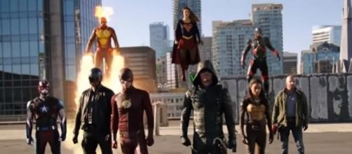 Arrowverse Crossover [ Image credit tvpromosdb | YouTube]