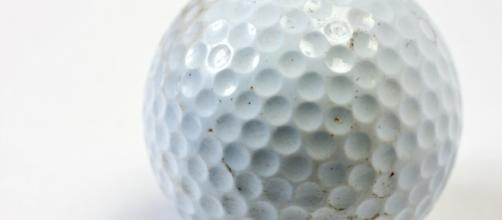 Image of a golf ball courtesy of Flickr.