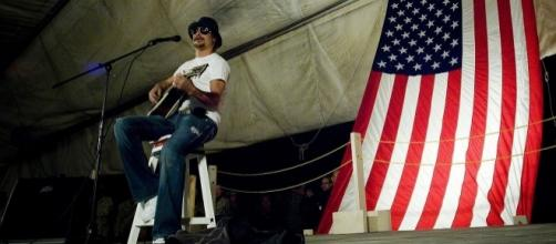 Kid Rock teases potential senate candidacy. (Wikimedia/U.S. Department of Defence)