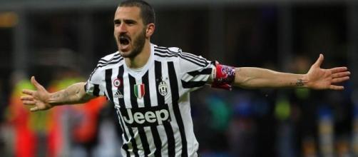 Prima di Leonardo Bonucci, la storia del calciomercato è stata costellata di passaggi fra la Juventus e il Milan. Scopriamo i più importanti.