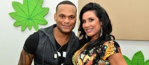 Scheila Carvalho e o marido Tony Salles